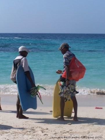 snorkling gear rentals Playa Blanca Colombia