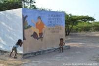 niños Wayyu jugando en Loma Fresca