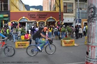 66 centro artesanal plaza bolivar