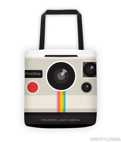 Retro camera tote bag on white