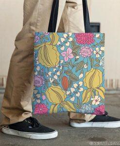 Floral sketch color tote bag