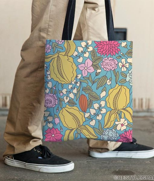 Floral sketch color tote bag