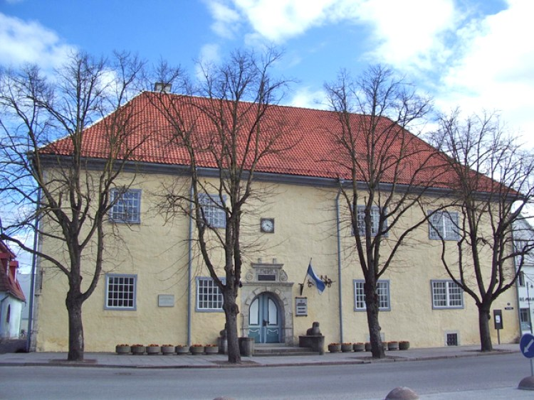 kuressaare-town-hall