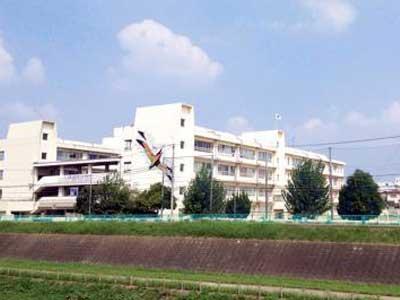 宮迫博之 茨城市立天王中学校