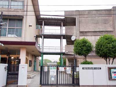 岡田准一 枚方市立殿山第一小学校