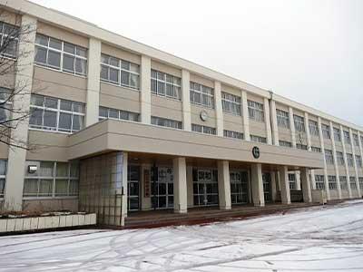 青森市立三内中学校