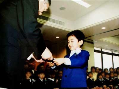 村田琳 幼稚園時代 卒園式