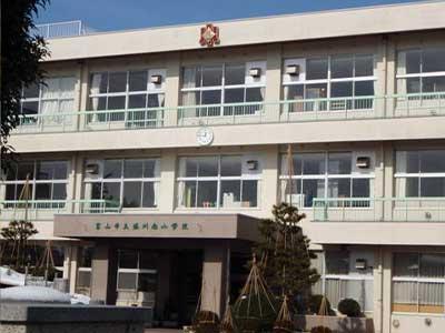 富山市立堀川中学校