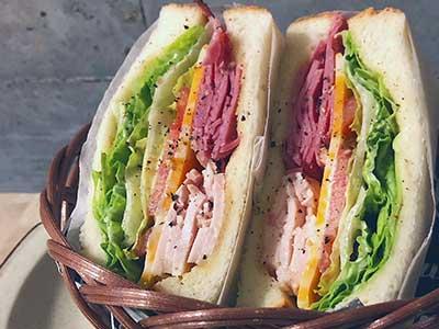 久保田紗友 実家 グラスCafe サンドイッチ