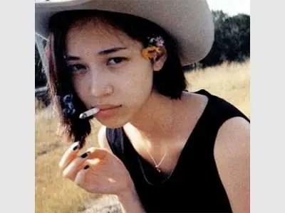 水原希子 喫煙