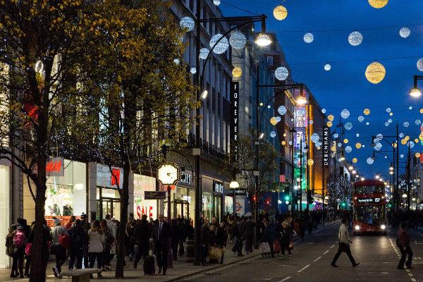 High streets endure quietest December since 1998