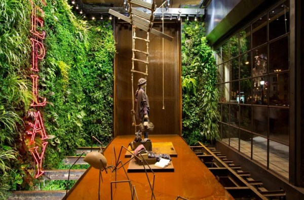 replay store vertical garden