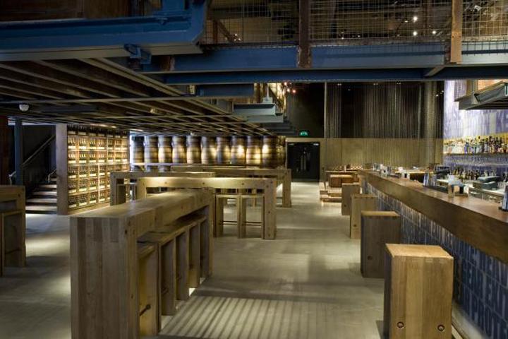 Carbon Bar by B3 Designers London 031 Carbon Bar by B3 Designers, London