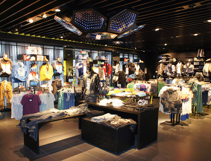 Bershka shop interior decoration  lighting by Alex