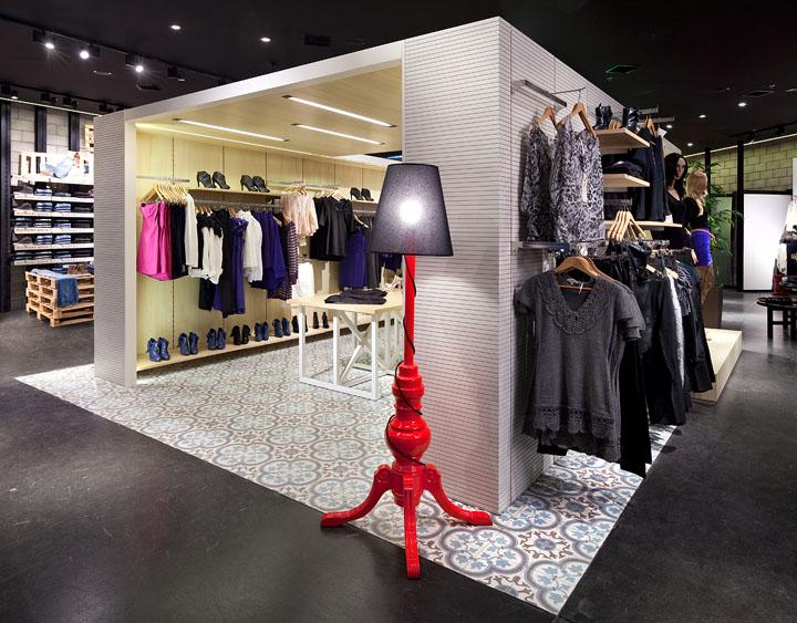 Renuar fashion store by BilgorayPozner Herzelia  Israel