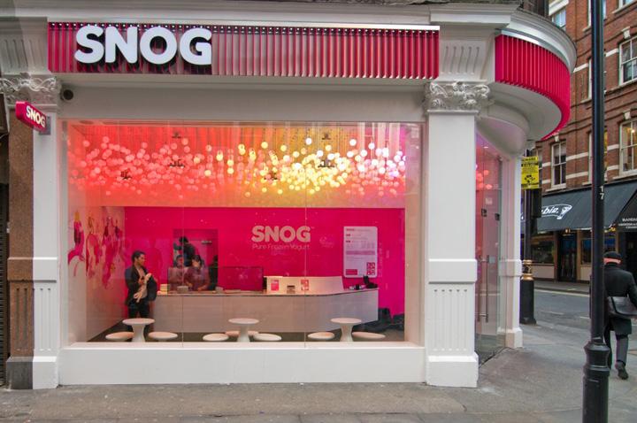 ICE CREAM SNOG Pure Frozen Yogurt store by Cinimod