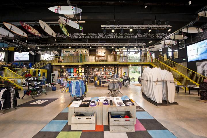 Quicksilver flagship store Saint Jean de Luz 02 Quicksilver flagship store, Saint Jean de Luz   France