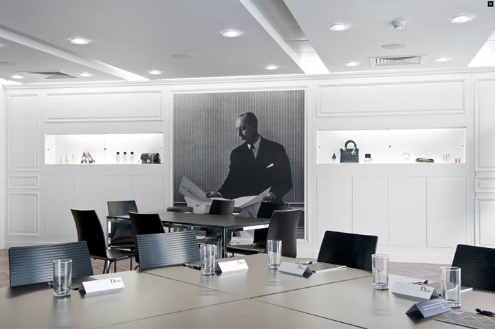 Lvmh Moet Hennessy Louis Vuitton Sa