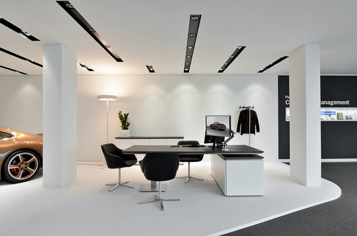 Porsche Showroom By The Store Designers
