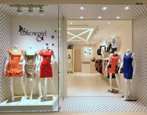 Feminine And Enveloping Fashion Boutique In Singapore