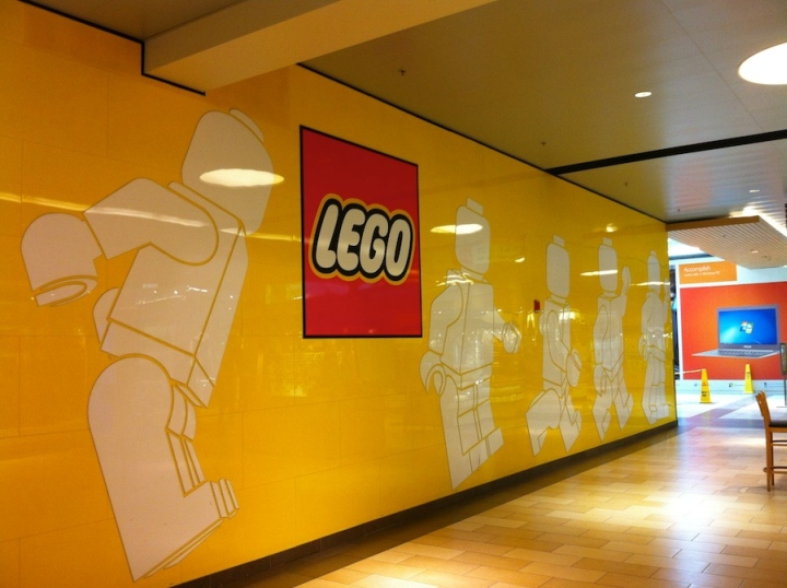 TOY STORES LEGO store Delaware  Retail Design Blog