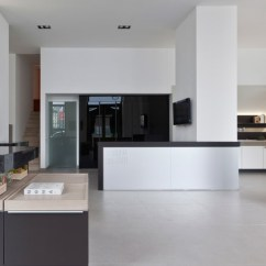 Kitchen Showrooms Stainless Steel Double Sink Undermount Poggenpohl Design Center Milan Italy Located In One Of The Most Prestigious Addresses Magnificent City Via Galileo Galilei Store Was Officially Inaugurated On 16th