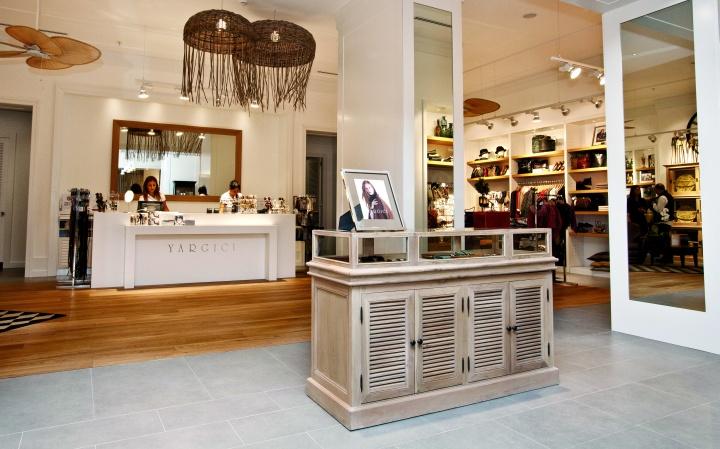 187 Yargıcı Store At Zorlu Center Istanbul Turkey
