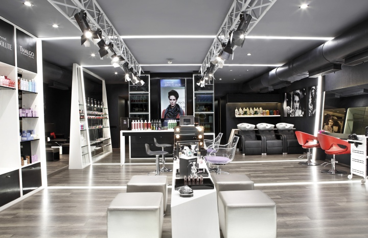 Lakme Absolute Salon By Figmentsinc, Pune India