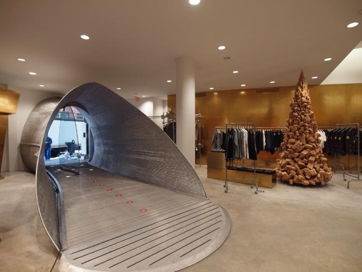 Comme des Garons flagship store by Rei Kawakubo London