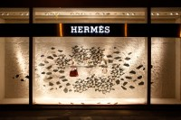 Herms window display Winter 2013-2014 by Design Systems ...