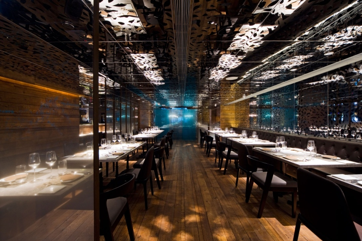 Atlantis Blue seafood restaurant by Panorama Hong Kong