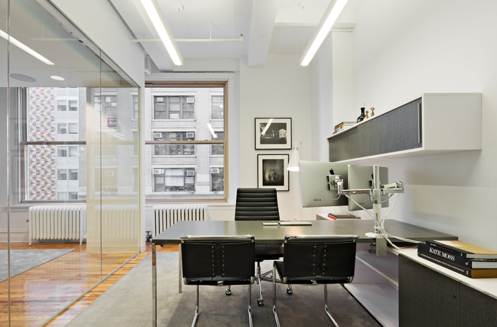Winklevoss Capital Management Office By BR Design