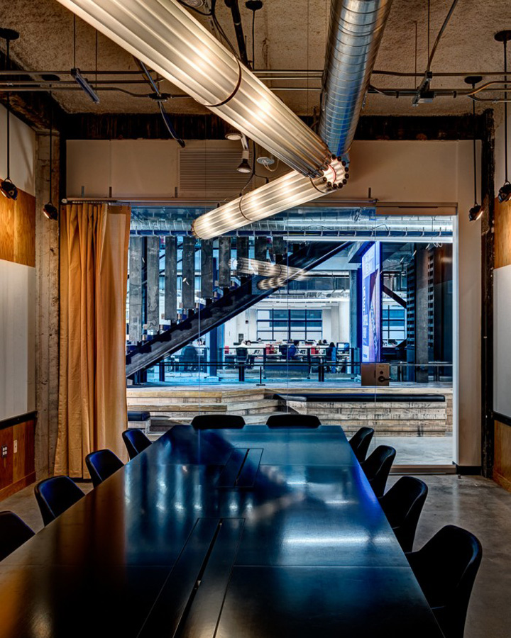 Lowe Campbell Ewald office by Neumann Smith Detroit  US