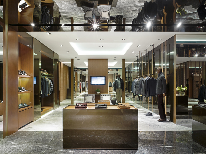 Dikeni Flagship Store By Stefano Tordiglione Design