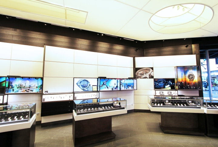 Citizen Watch Flagship Store Times Square by MAPOS New