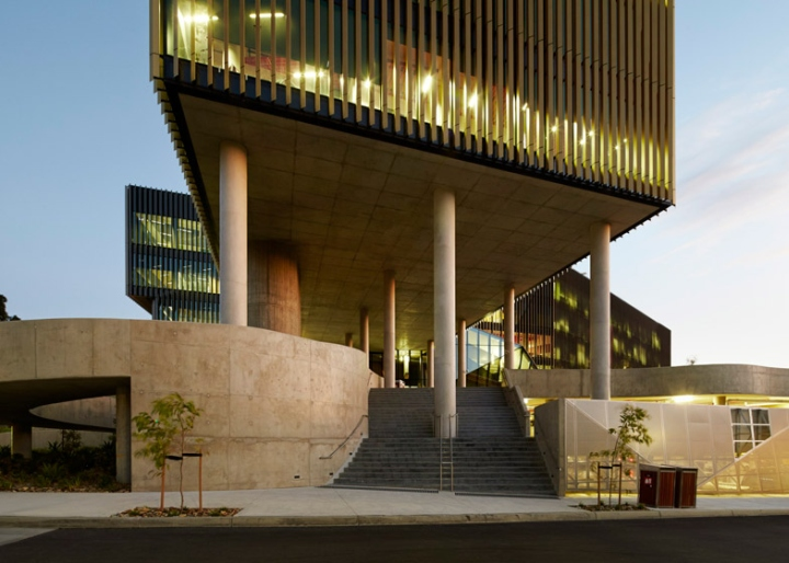 Burwood Highway Frontage Building by Woods Bagot at