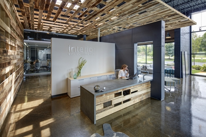 Interior Environments Office  Showroom by SmithGroupJJR