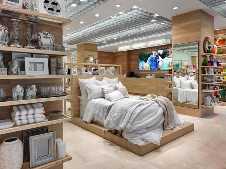 Zara Home Store  Windows Milan  Italy