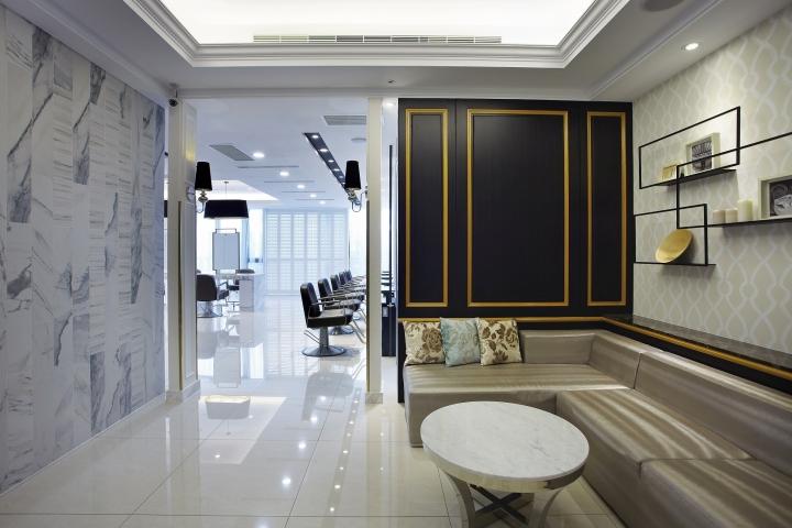 Happy Hair Salon  Hair Spa by 90id interior design