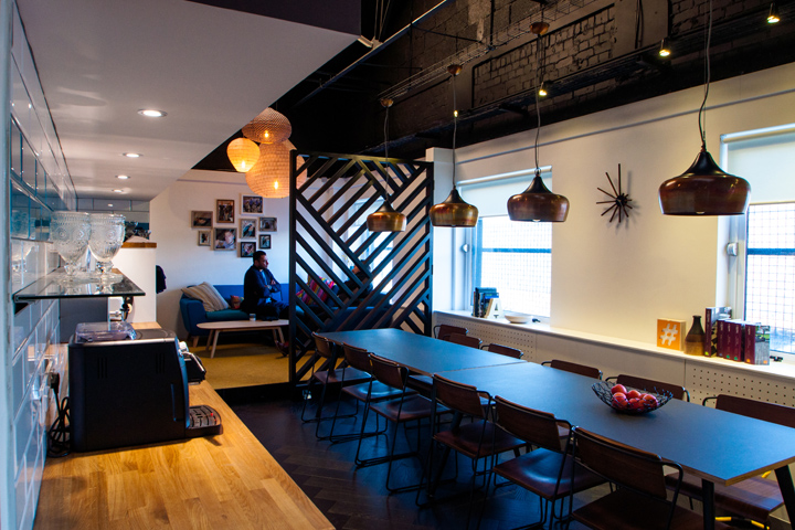 , Amarelle Showroom and Office by Amarelle Office Interiors, Bristol – UK, Office Furniture Dubai | Office Furniture Company | Office Furniture Abu Dhabi | Office Workstations | Office Partitions | SAGTCO