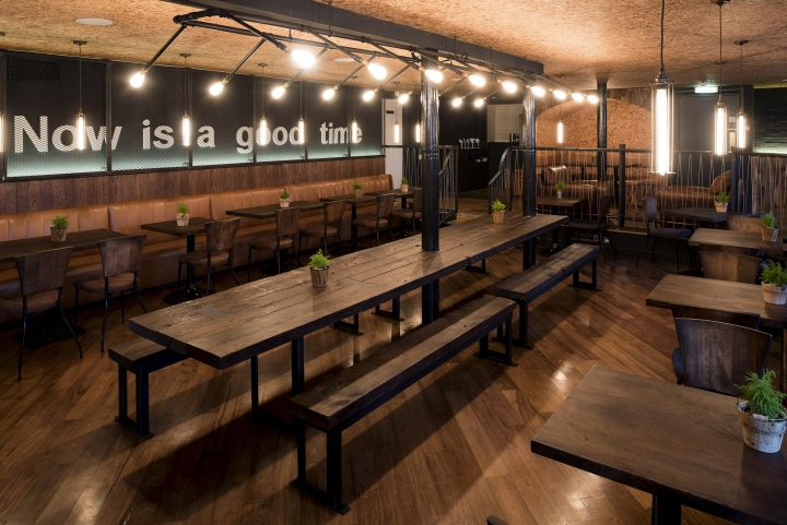 187 Town Square Restaurant By Terry Design Belfast