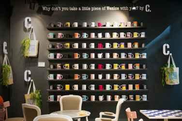 L'interno di C. Coffee Lovers