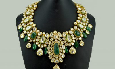 The 'Viraasat' collection is a classic assemblage for the brides-to-be and a must-have for the modern women with a penchant for timeless pieces, carved in Indian traditional polki & Jadau Kundan and classy Diamonds.