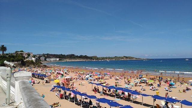 Impresionante día de playa en Santander