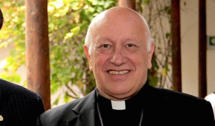 Pedofilia, indagato l'arcivescovo di Santiago del Cile: ha coperto abusi sessuali