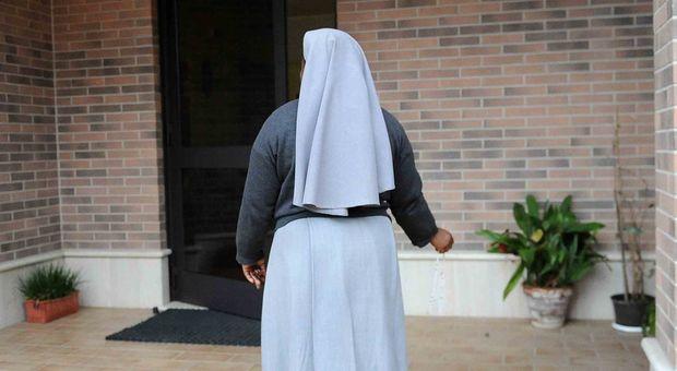 Suore accusate di pedofilia, indagini del Vaticano in Cile: «Minori trattate come schiave»
