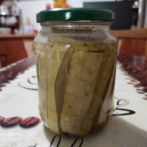 dovlecei- murați -cu -usturoi și cimbru- super- gustosi.jpg