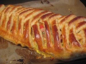 Placinta-impletita-cu-legume-carne-4