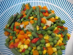 salata-ton-legume-mexicane- maioneza- telina-3