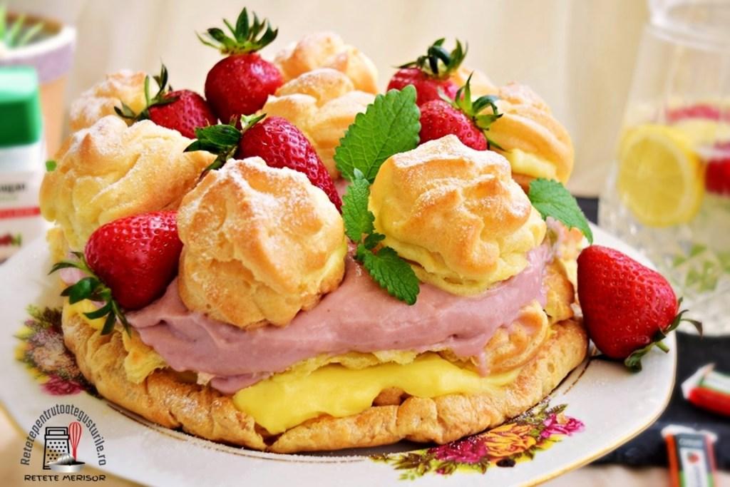 Tort ecler cu cremă de vanilie și căpșuni